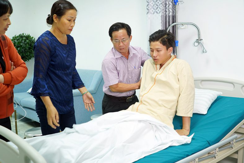 Web Retouch Hinh Dai Dien