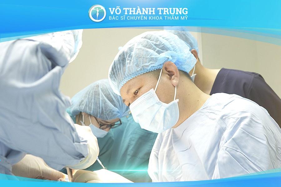Nang Nguc Chay Xe 6